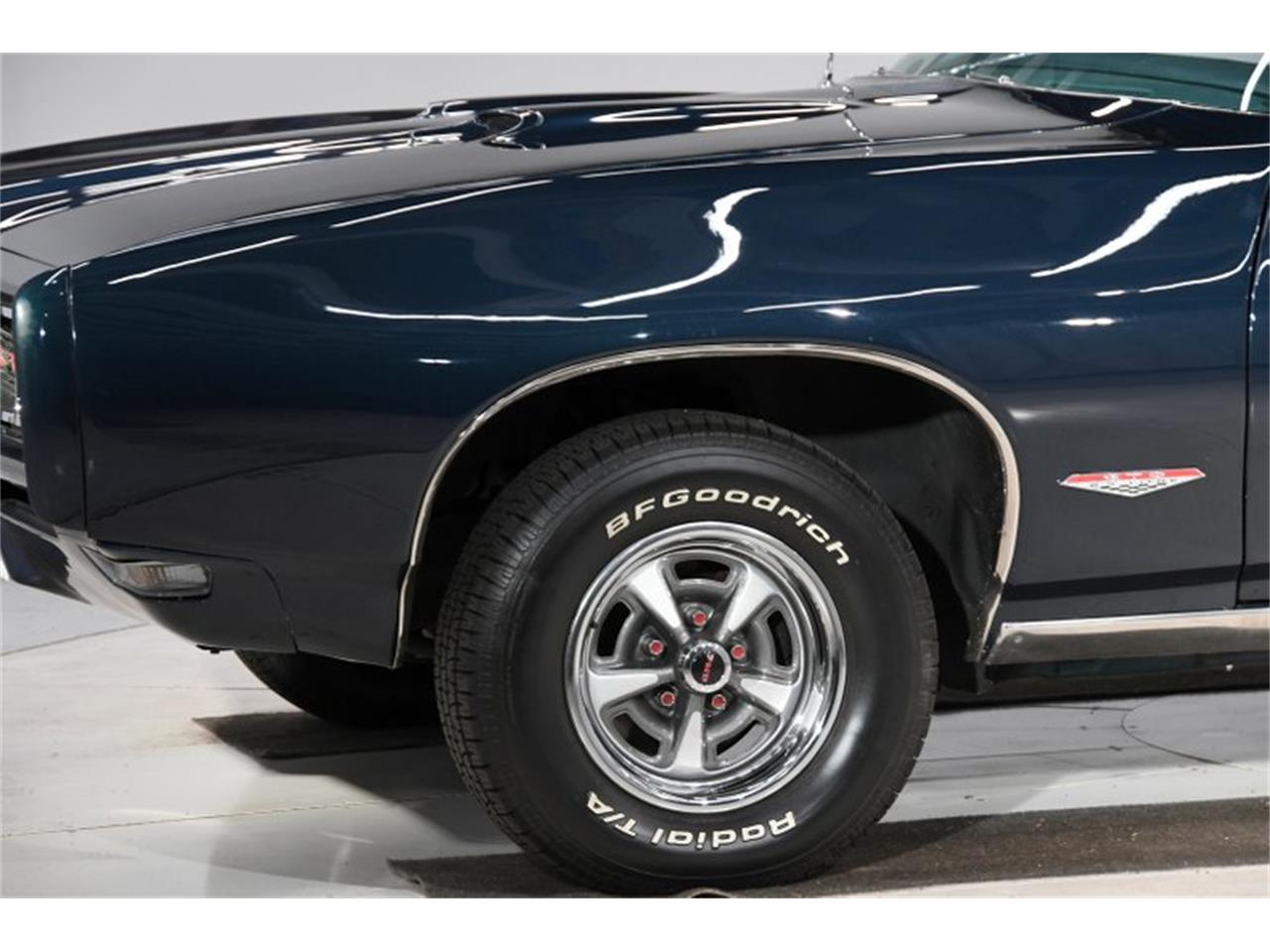 Large Picture of '68 Pontiac GTO located in Illinois - $47,998.00 Offered by Volo Auto Museum - Q2W4
