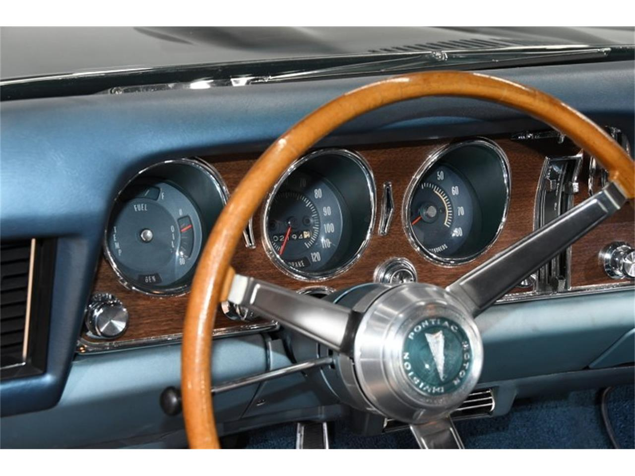 Large Picture of '68 Pontiac GTO Offered by Volo Auto Museum - Q2W4