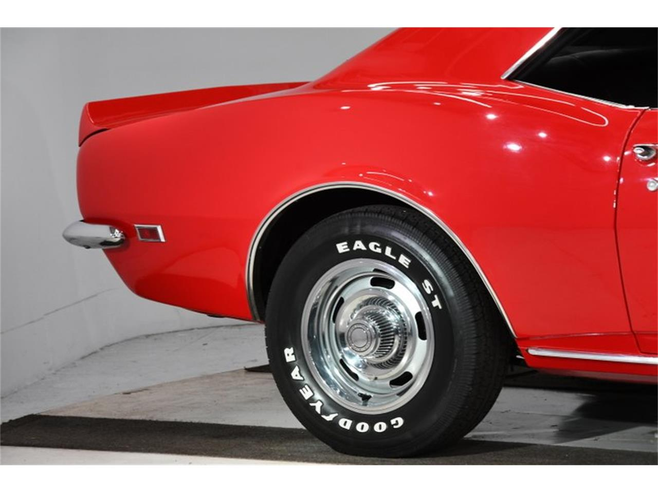 Large Picture of Classic '68 Camaro located in Illinois - Q2WA