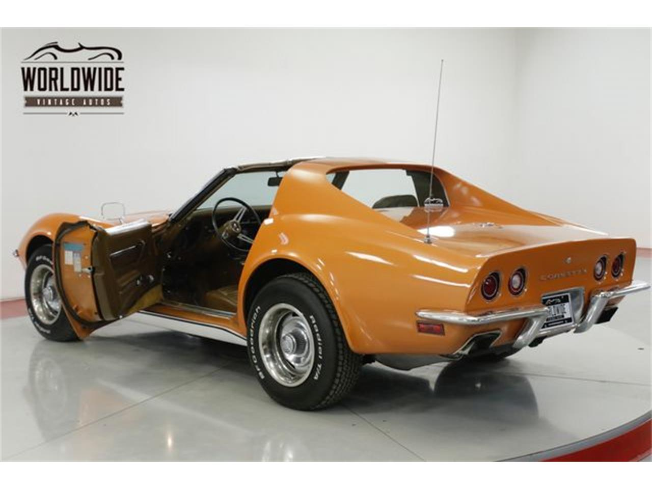 Large Picture of Classic '72 Corvette located in Colorado Offered by Worldwide Vintage Autos - Q2WG