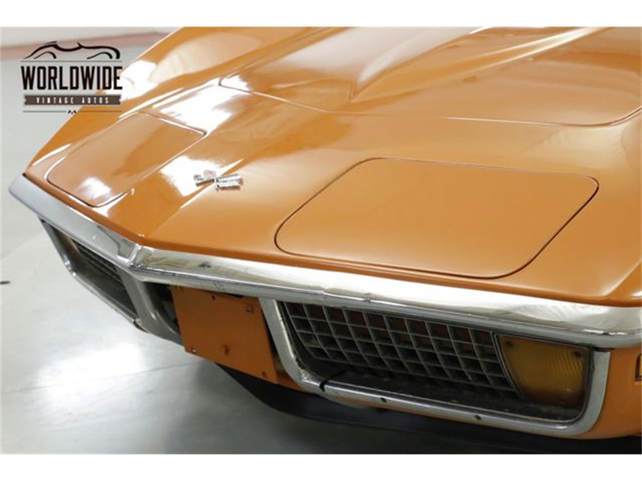 Large Picture of '72 Corvette located in Colorado Offered by Worldwide Vintage Autos - Q2WG