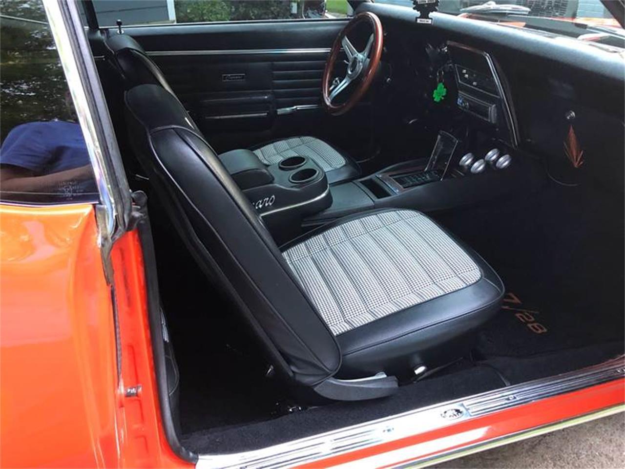 Large Picture of Classic '68 Camaro - Q2XX