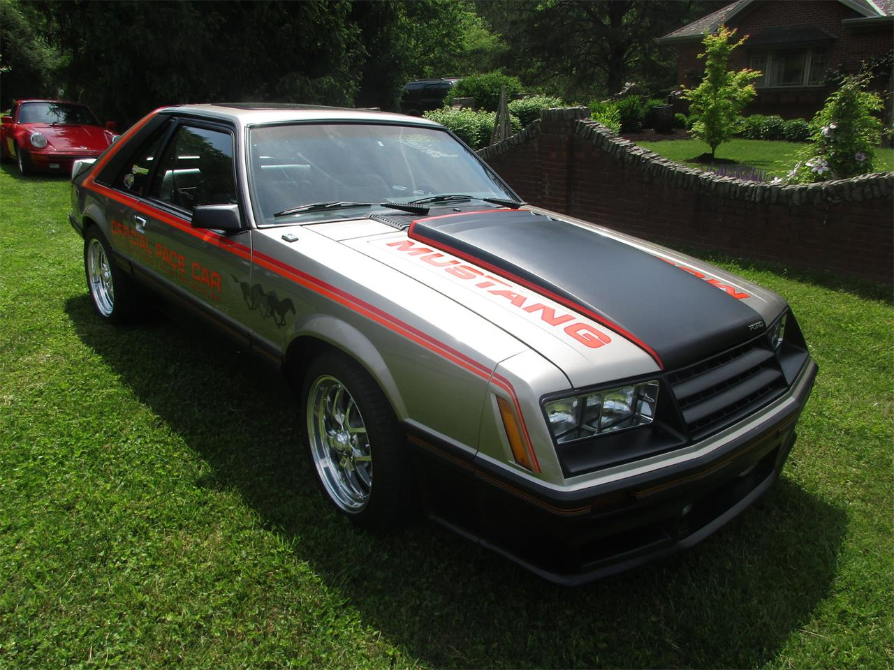 Large Picture of '79 Ford Mustang located in Somerset Kentucky - Q2ZG