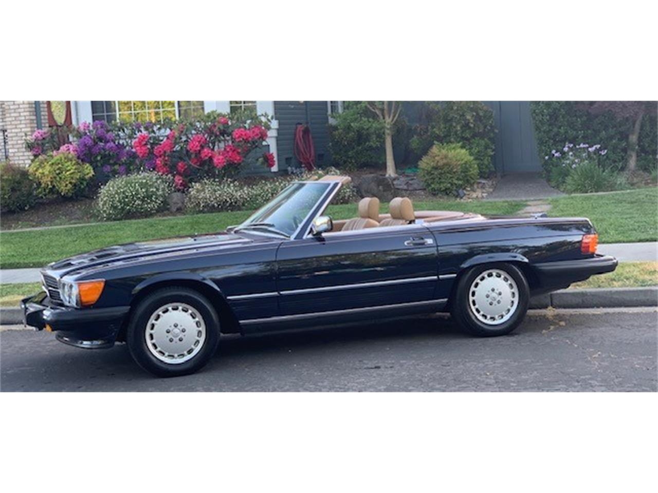 Large Picture of '89 560SL located in Petaluma California - $42,000.00 Offered by a Private Seller - Q2ZN