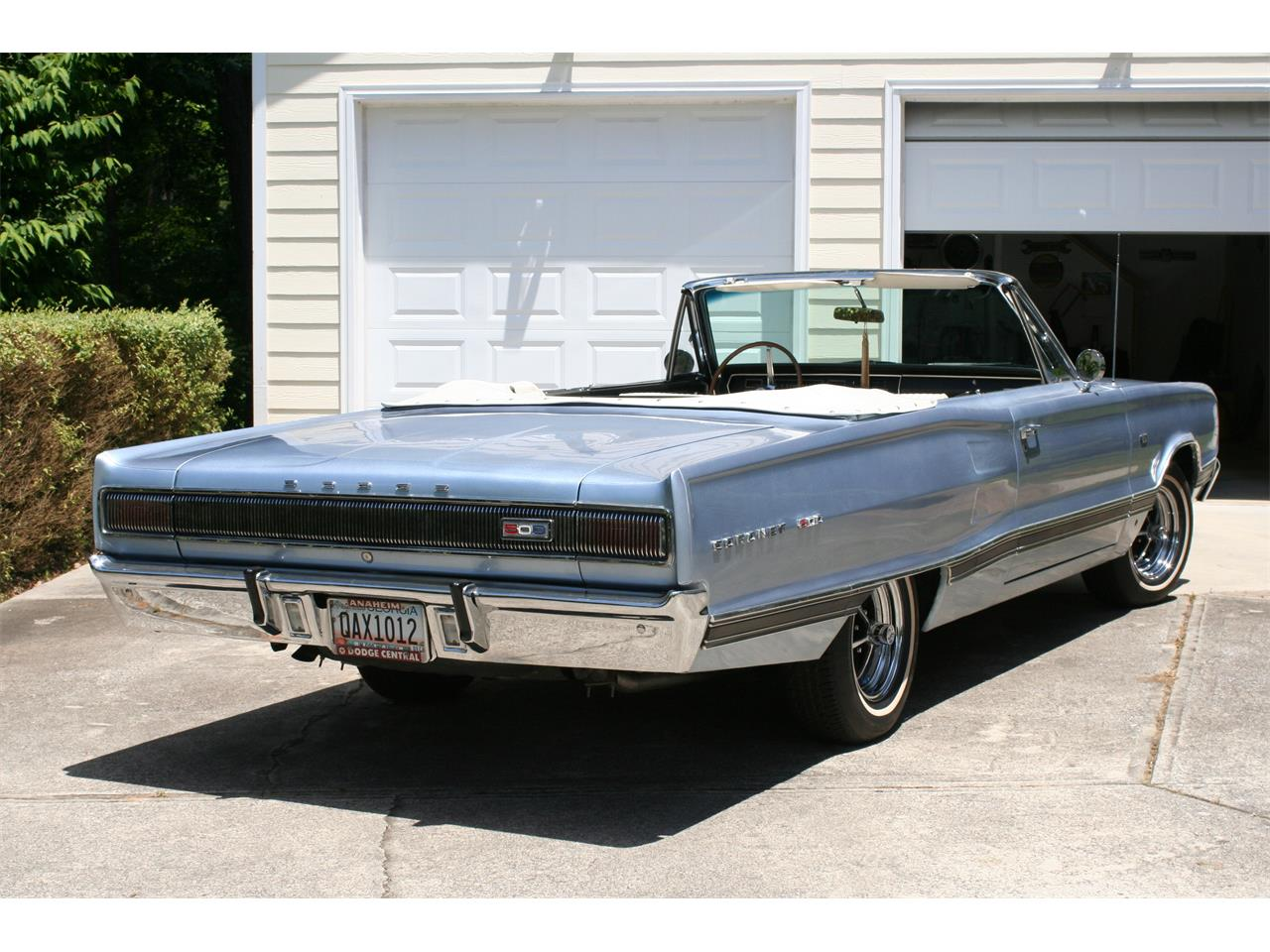 Large Picture of '67 Coronet 500 - Q302