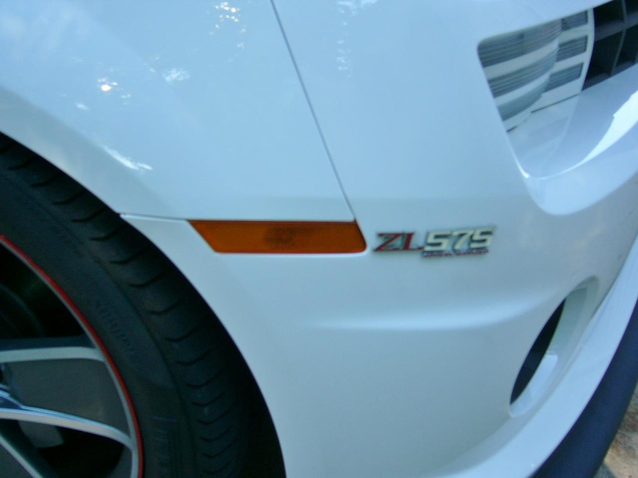 Large Picture of '10 Chevrolet Camaro RS/SS Offered by a Private Seller - Q306