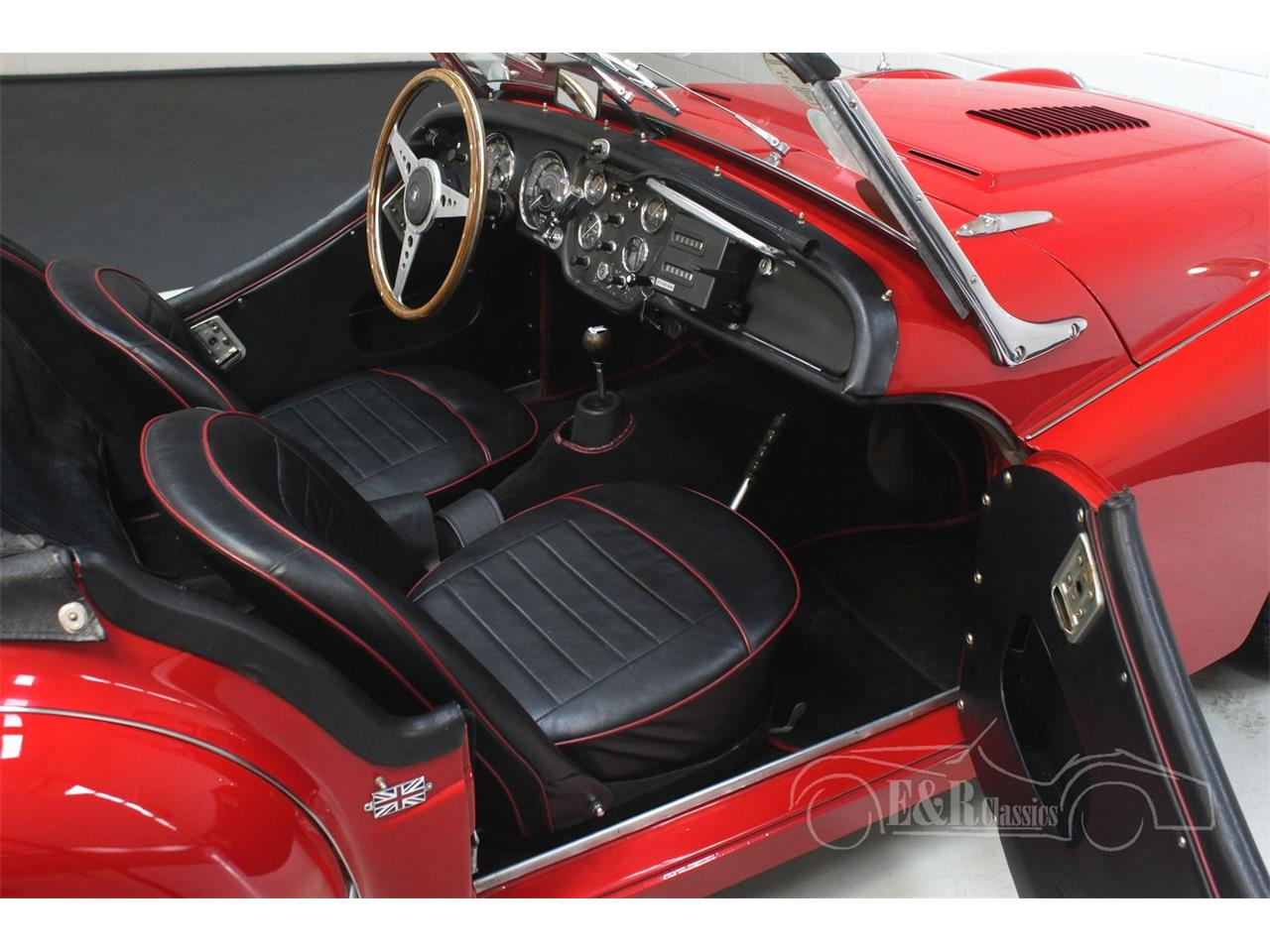Large Picture of '60 Triumph TR3A - $41,400.00 Offered by E & R Classics - Q31H
