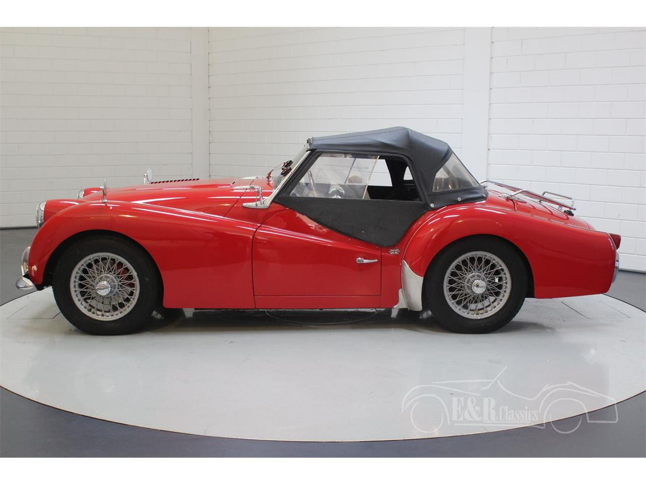 Large Picture of 1960 Triumph TR3A located in Waalwijk noord brabant - Q31H