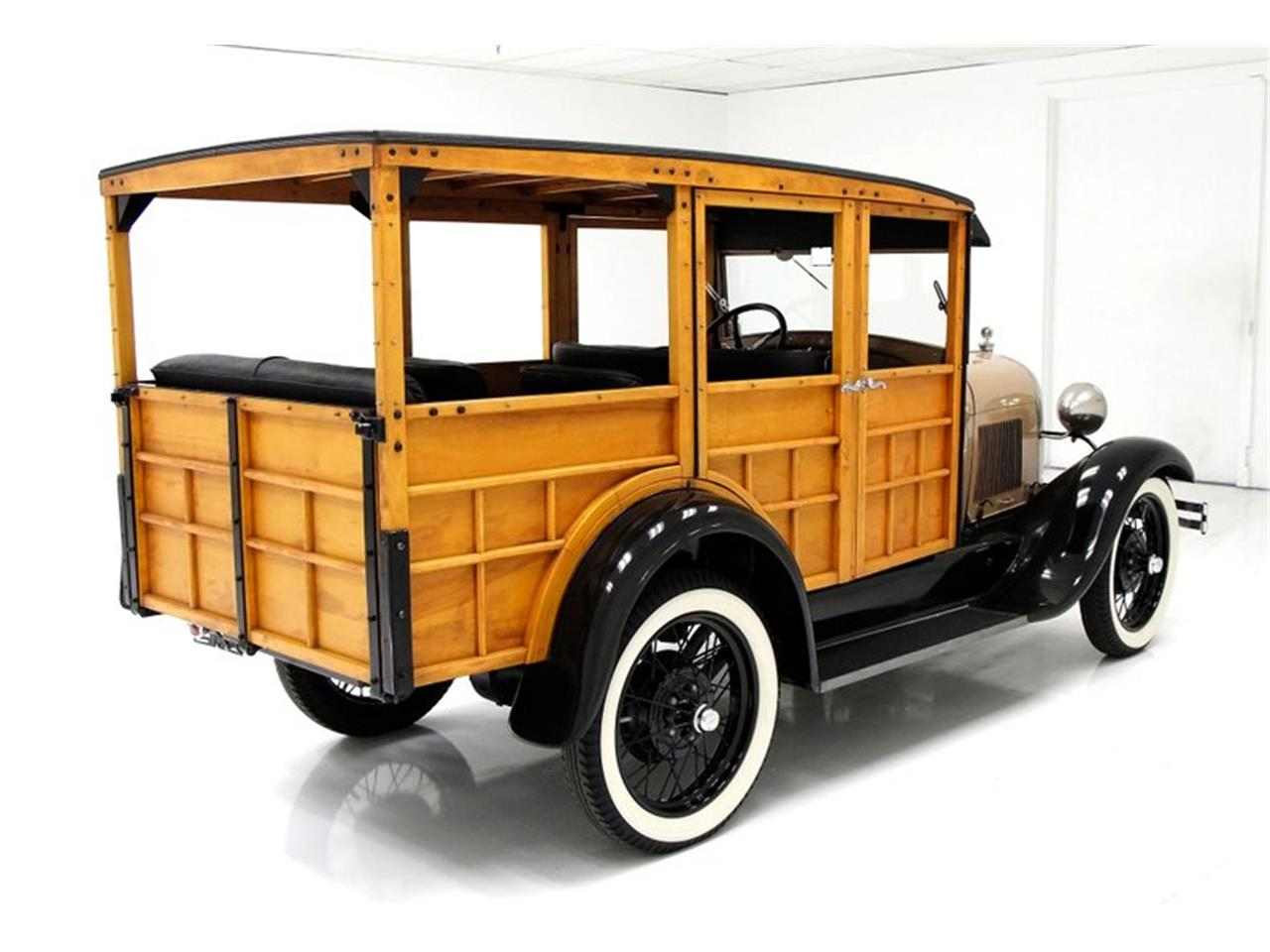 Large Picture of Classic '29 Woody Wagon located in Morgantown Pennsylvania - Q31W
