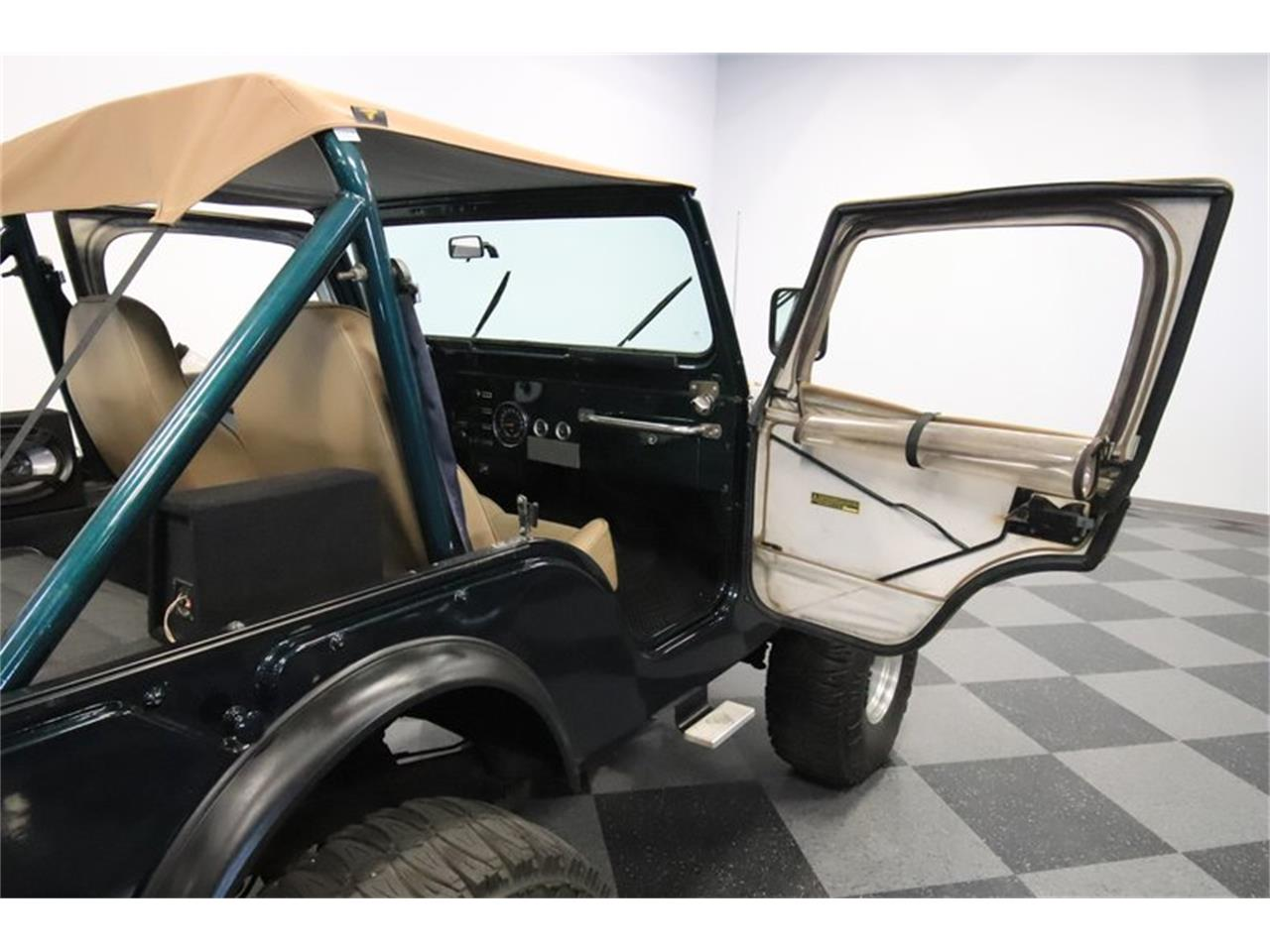 Large Picture of '76 CJ5 located in Mesa Arizona - $16,995.00 Offered by Streetside Classics - Phoenix - Q32M