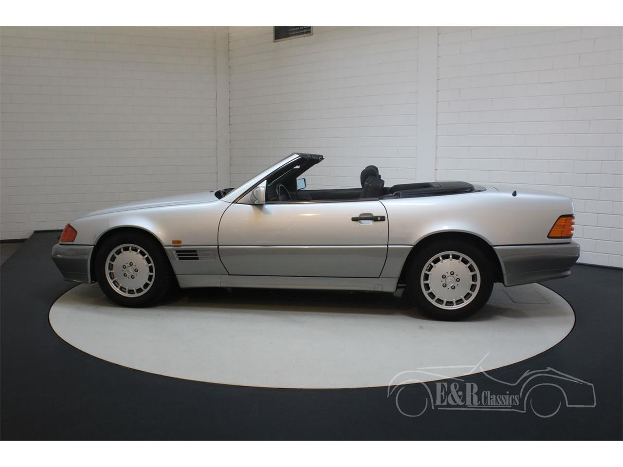 Large Picture of 1991 Mercedes-Benz 500SL located in noord brabant - $22,350.00 Offered by E & R Classics - Q33D