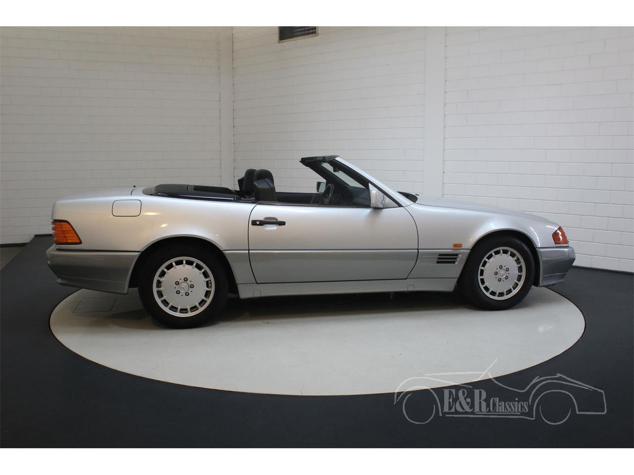 Large Picture of '91 500SL - $22,350.00 Offered by E & R Classics - Q33D