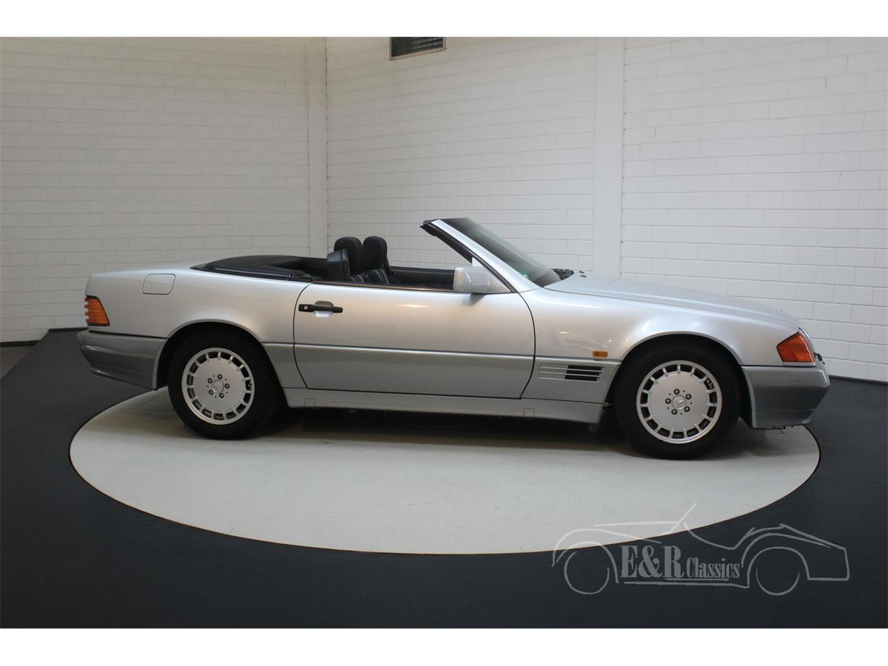 Large Picture of '91 Mercedes-Benz 500SL Offered by E & R Classics - Q33D