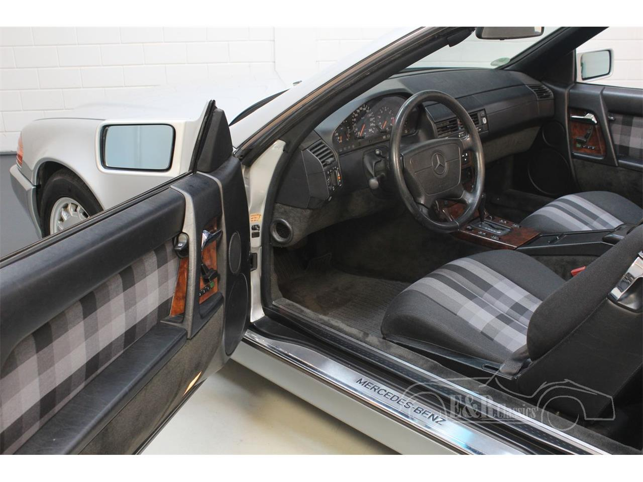 Large Picture of 1991 Mercedes-Benz 500SL located in noord brabant - $22,350.00 - Q33D