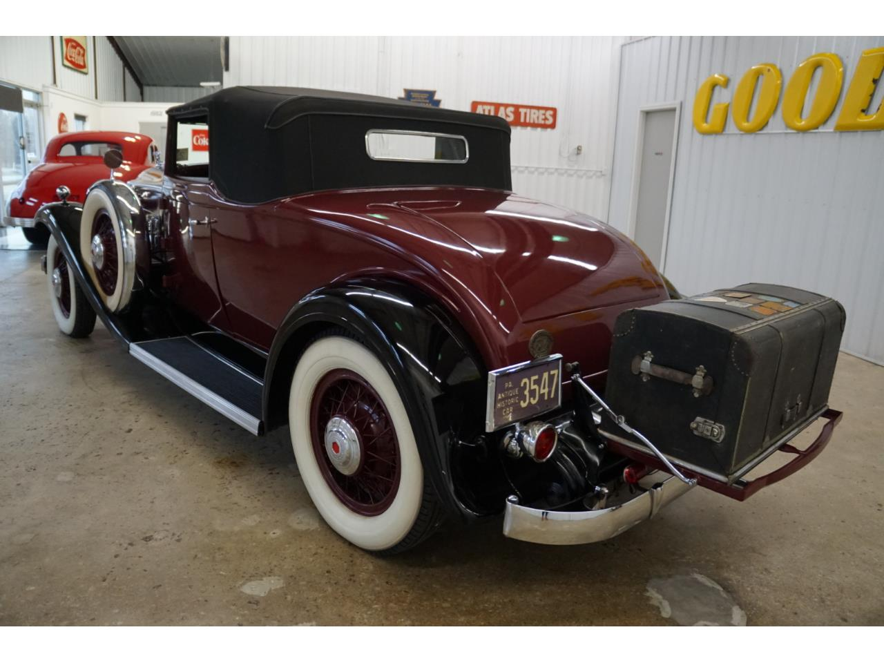 Large Picture of Classic '32 Standard Eight - Q33P