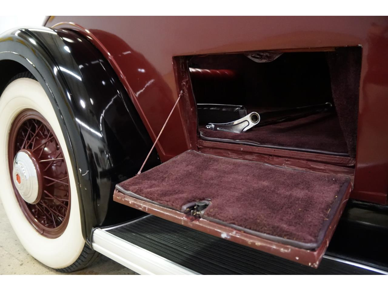Large Picture of Classic 1932 Packard Standard Eight - Q33P
