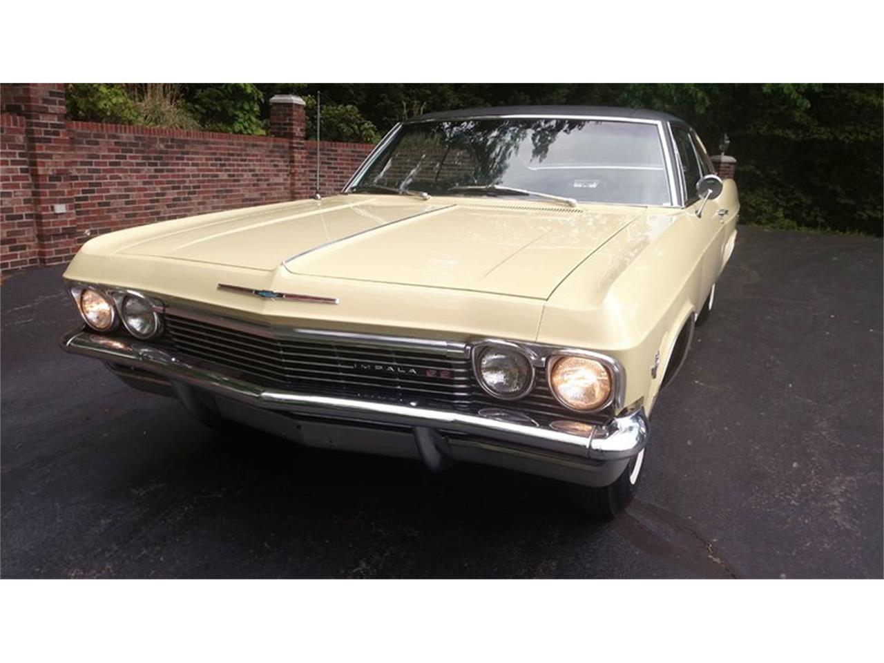Large Picture of '65 Impala - Q35L