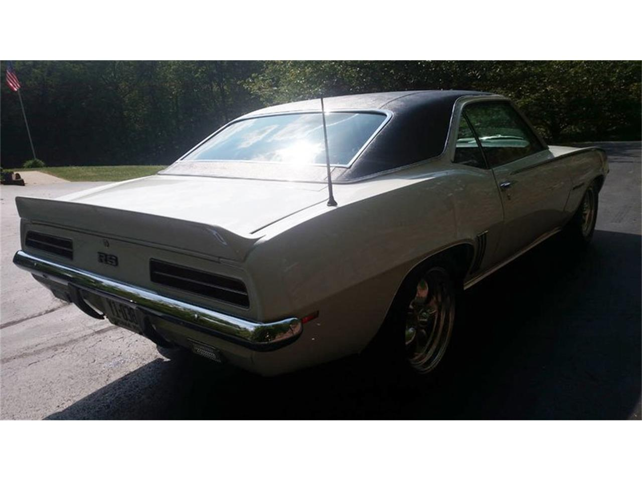 Large Picture of '69 Chevrolet Camaro located in Maryland - $46,500.00 Offered by Old Town Automobile - Q35N