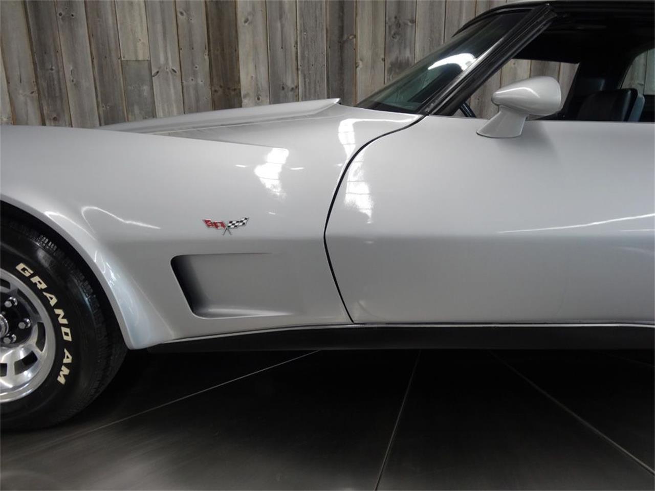 Large Picture of '79 Corvette - Q35S
