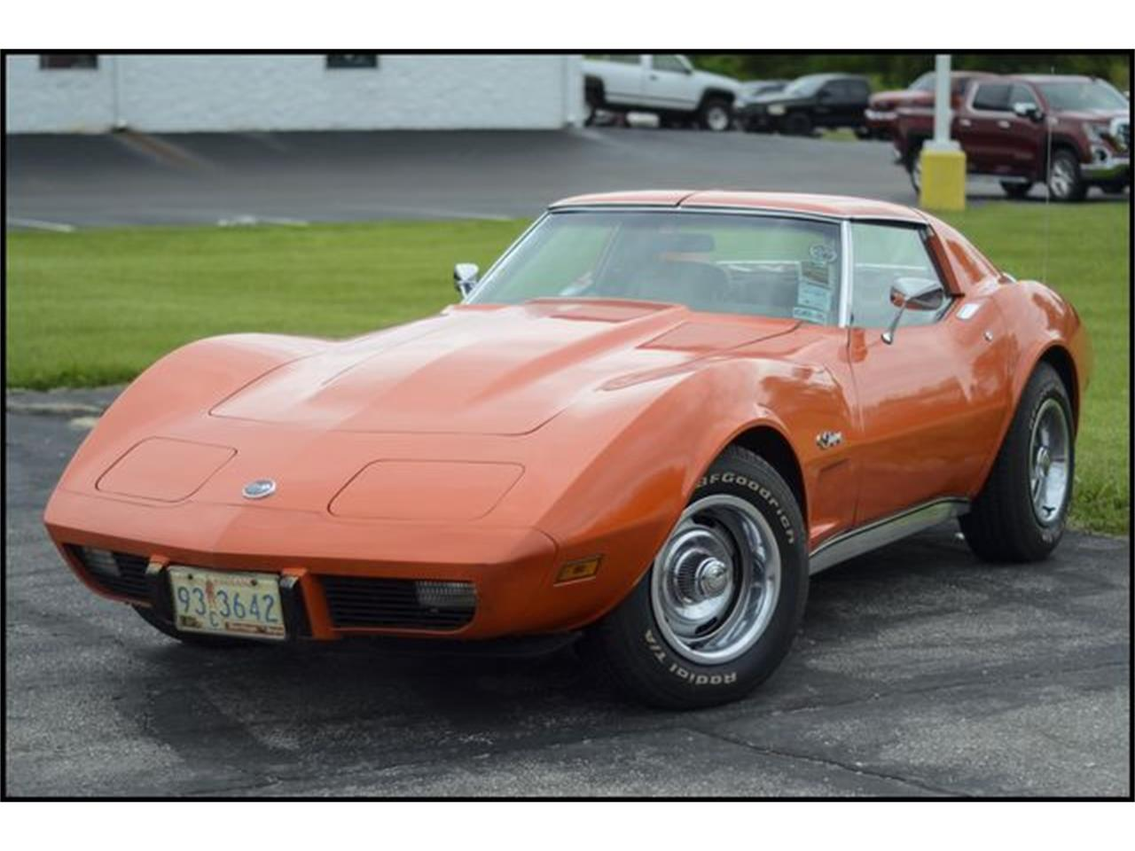 Large Picture of '76 Corvette - Q35V