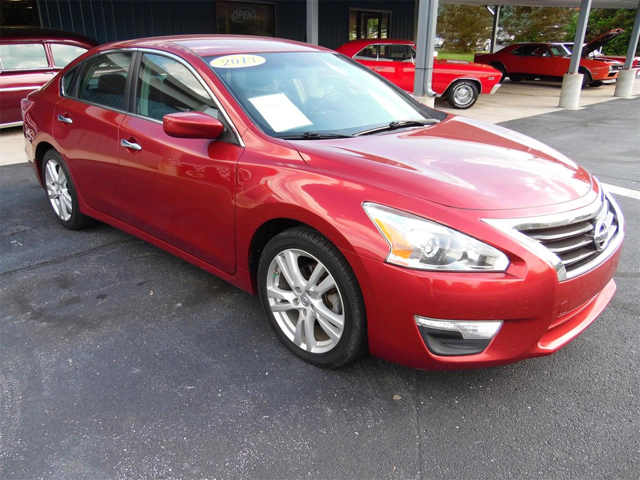 Large Picture of '13 Nissan Altima located in Kentucky - $10,760.00 Offered by Central Kentucky Classic Cars LLC  - Q36A