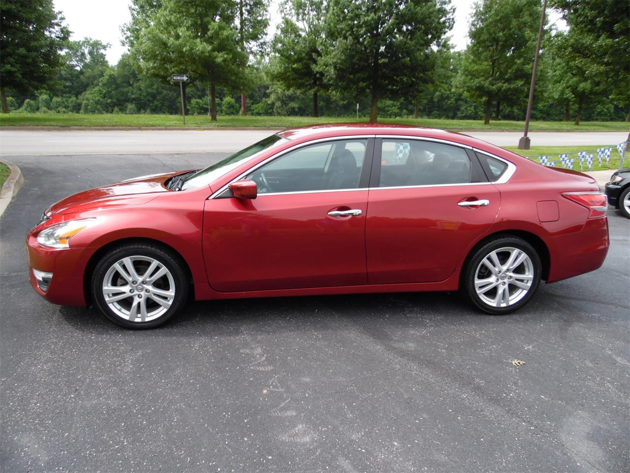 Large Picture of '13 Altima - Q36A