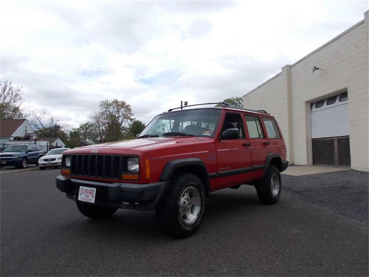 Large Picture of '97 Cherokee - Q36C