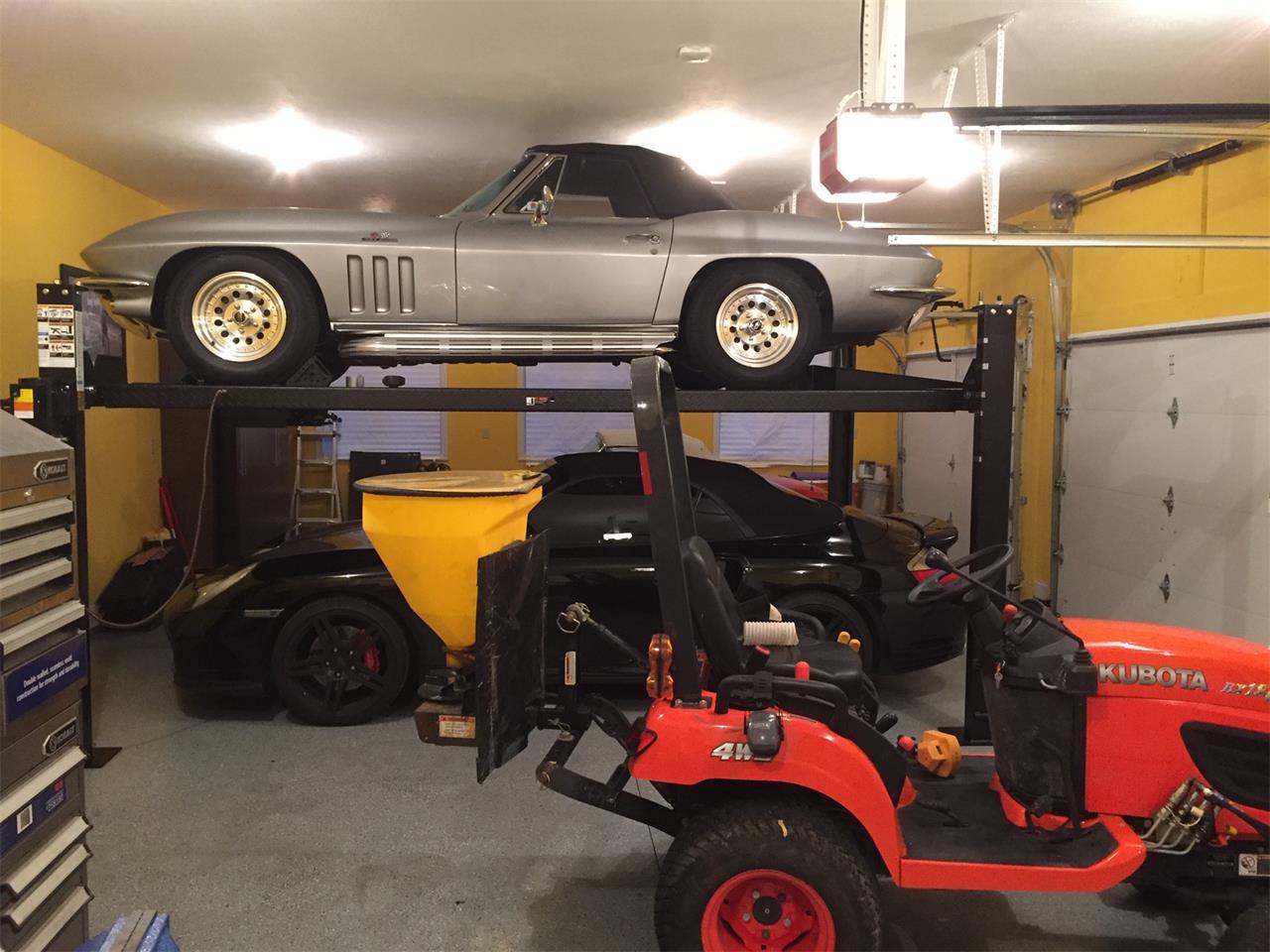 Large Picture of Classic '66 Chevrolet Corvette - Q36Q