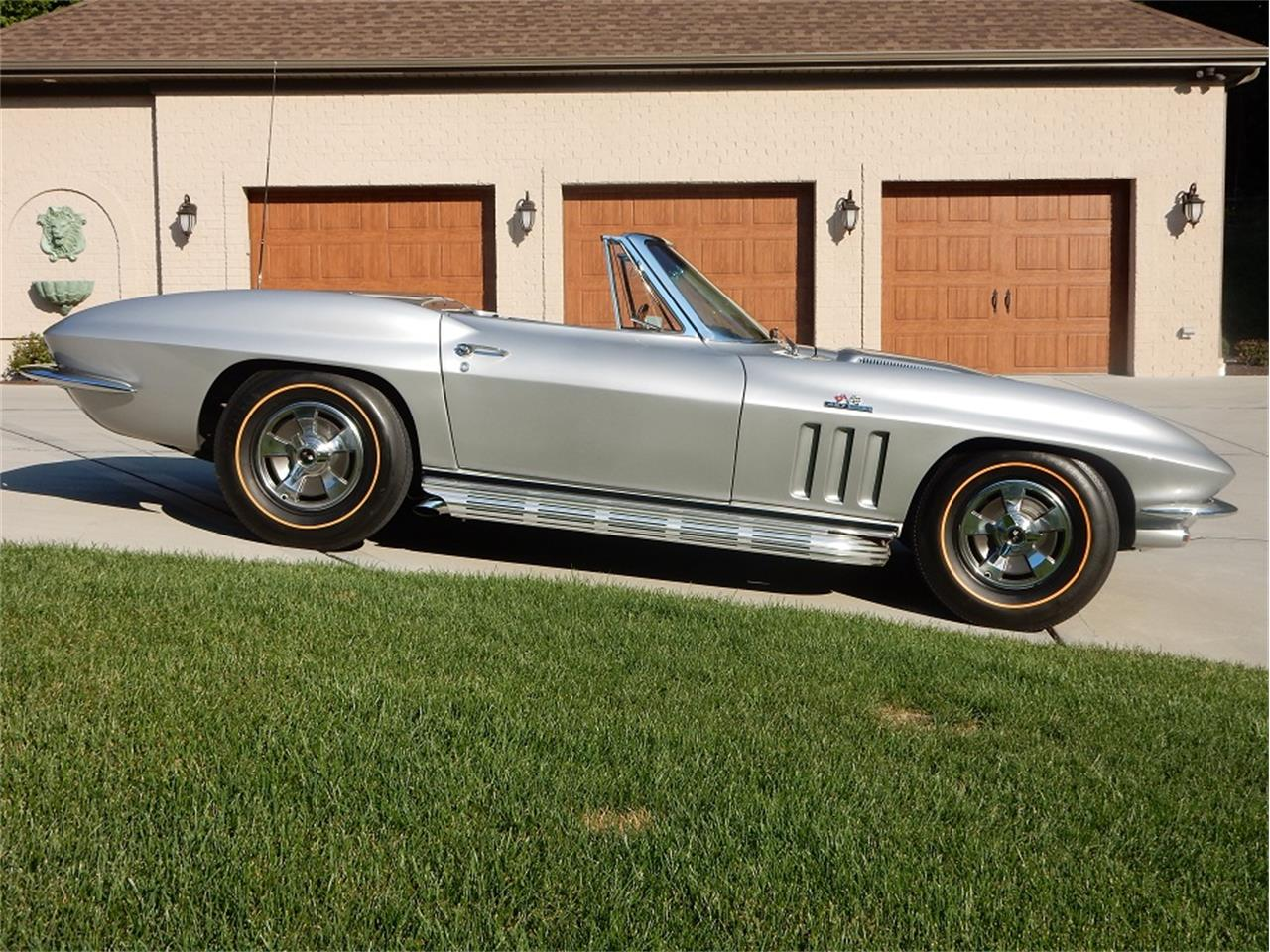 Large Picture of '66 Corvette located in Pennsylvania - $110,000.00 Offered by a Private Seller - Q36Q