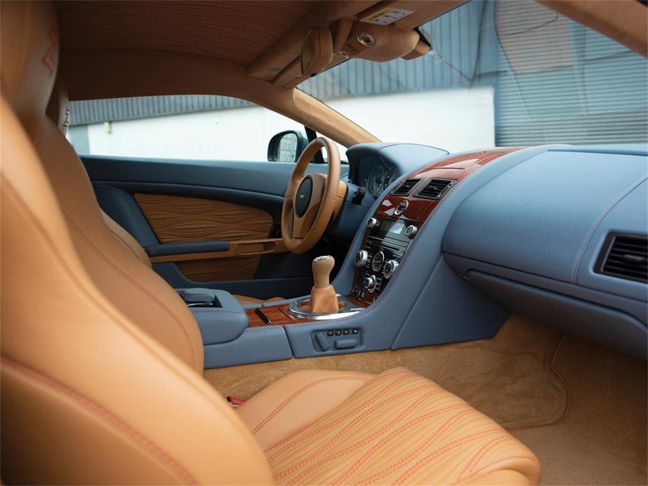 Large Picture of '12 Aston Martin V12 Zagato - Q37F