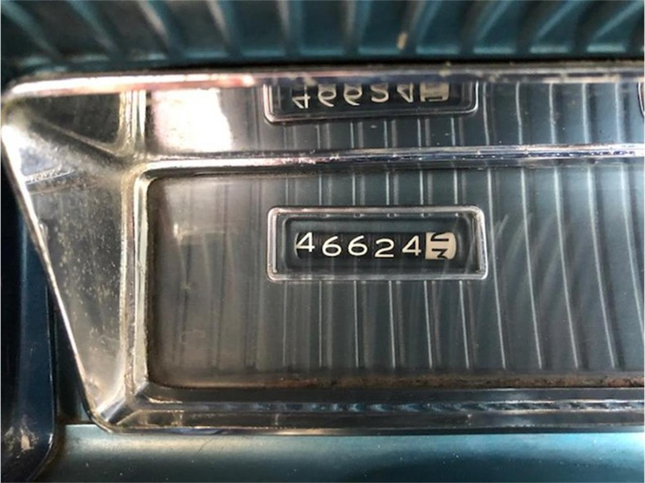 Large Picture of Classic 1961 Oldsmobile 88 - Q38B