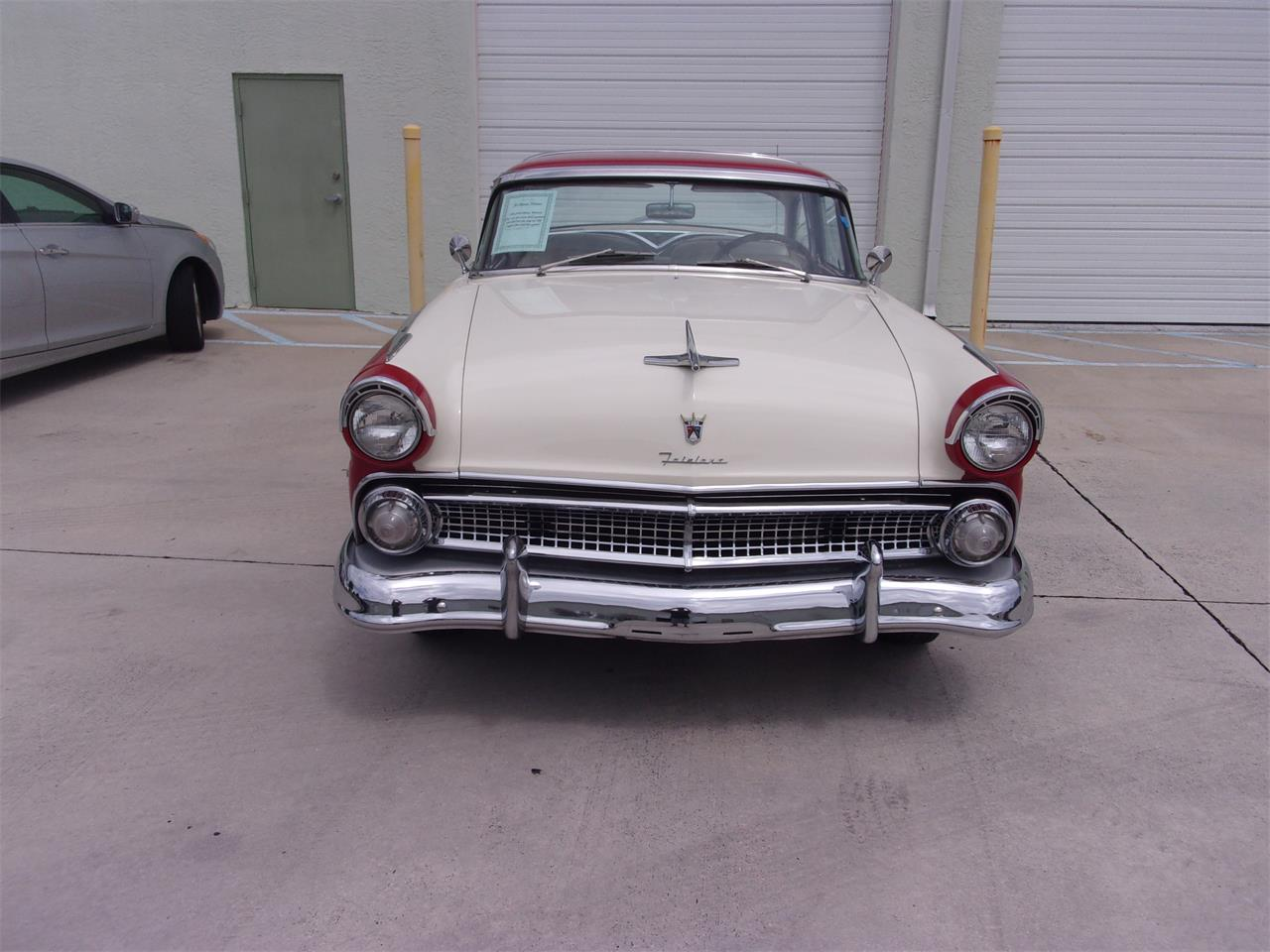 Large Picture of '55 Crown Victoria - Q391