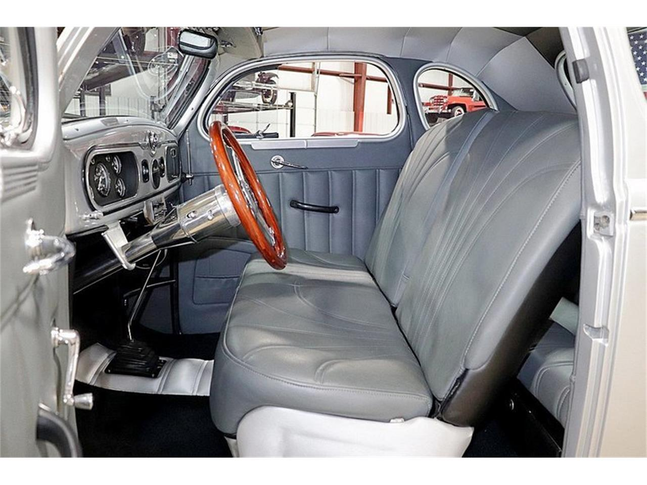 Large Picture of Classic '37 Chrysler Royal - Q39G