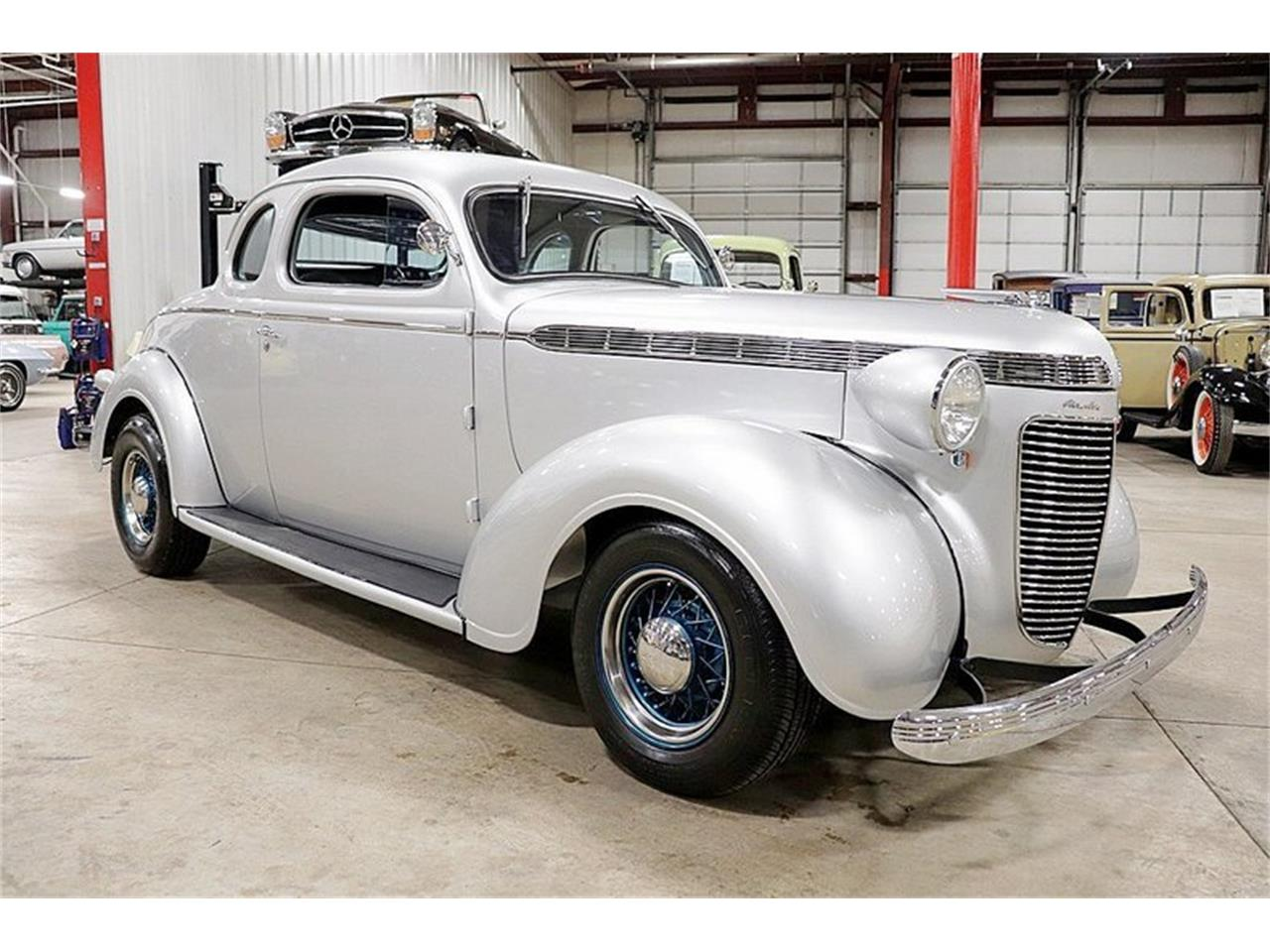 Large Picture of Classic 1937 Royal located in Michigan - Q39G
