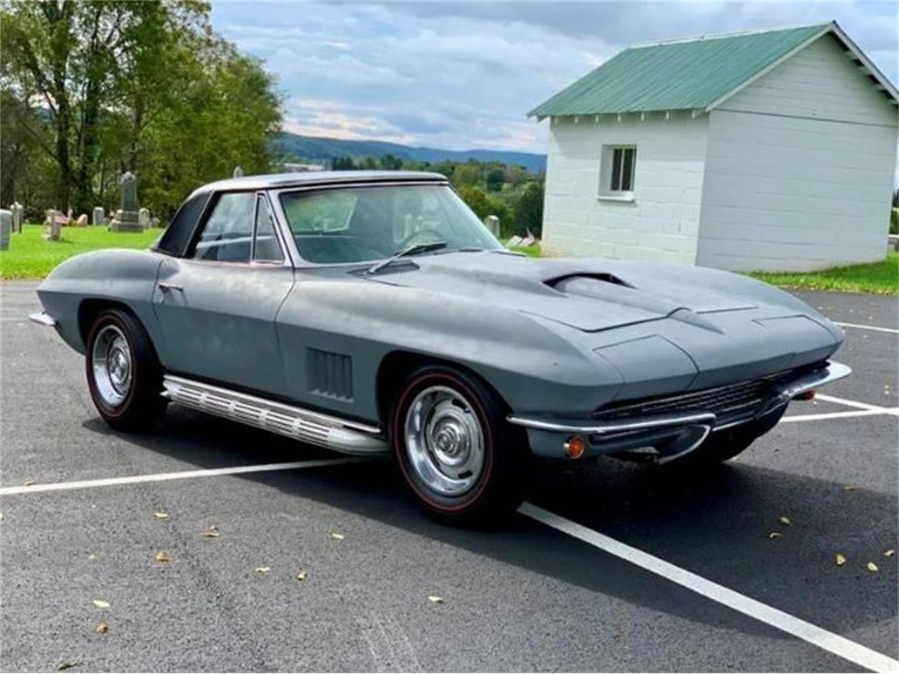 Large Picture of '67 Corvette - PY7W