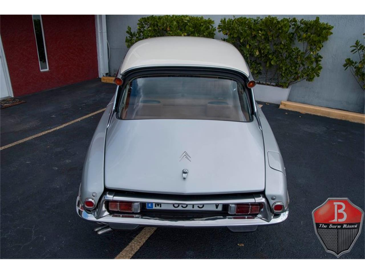 Large Picture of '73 DS19 - Q3FU