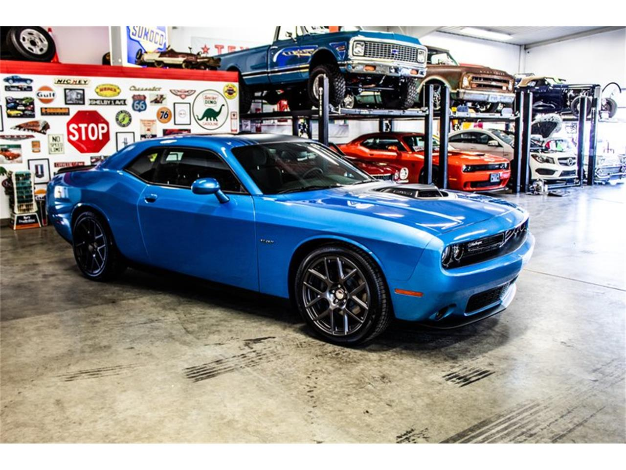 Large Picture of '16 Challenger - Q3G7