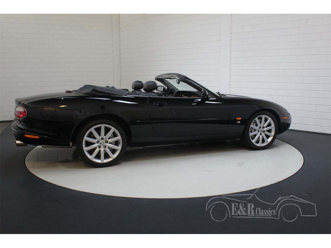 Large Picture of 2003 Jaguar XKR Offered by E & R Classics - Q3GE