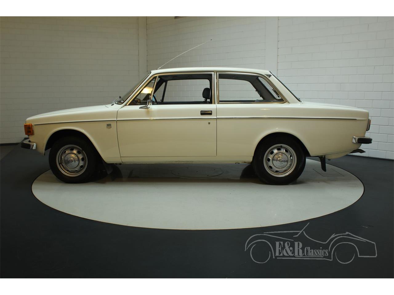 Large Picture of Classic '72 Volvo 142 - $13,400.00 - Q3GJ