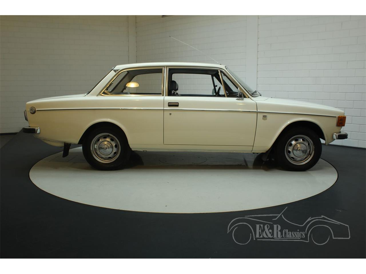 Large Picture of Classic 1972 142 - Q3GJ