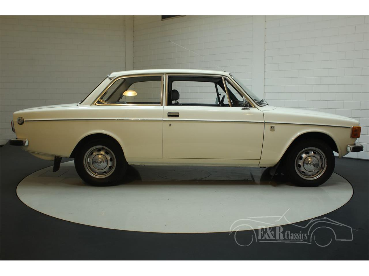 Large Picture of Classic 1972 Volvo 142 Offered by E & R Classics - Q3GJ