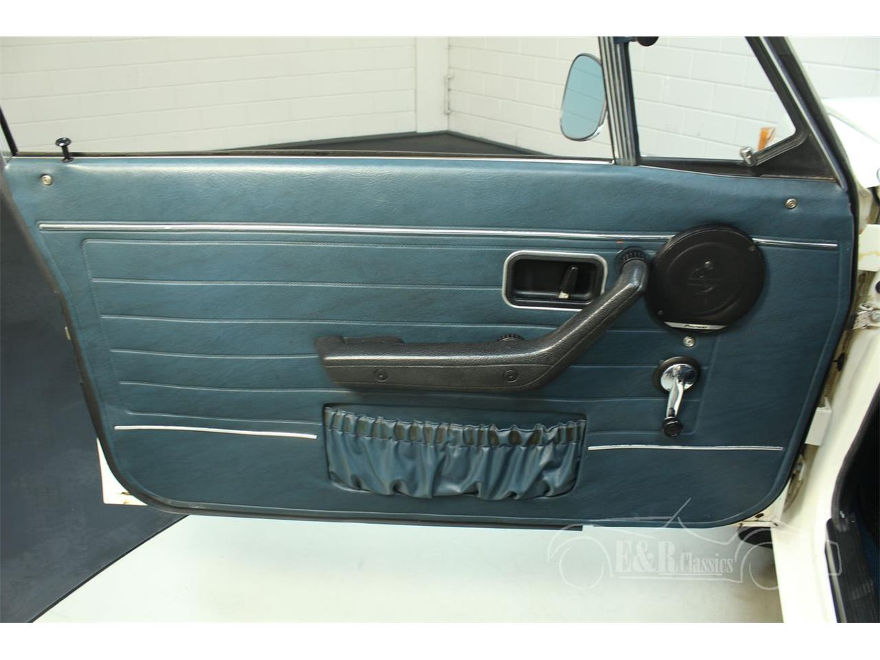 Large Picture of Classic 1972 Volvo 142 - $13,400.00 Offered by E & R Classics - Q3GJ