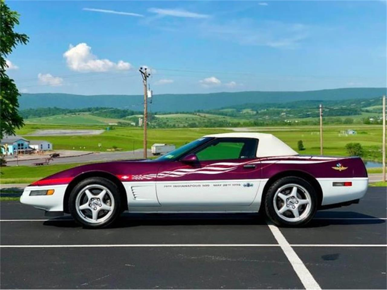 Large Picture Of 95 Corvette Located In Cadillac Michigan 31 995 00 Py82