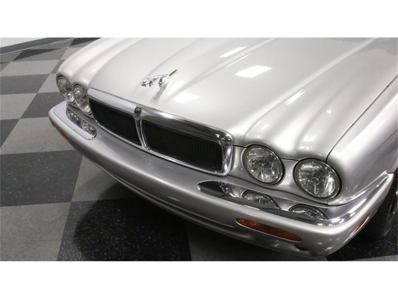 Large Picture of 2002 XJ located in Georgia - $14,995.00 Offered by Streetside Classics - Atlanta - Q3IY