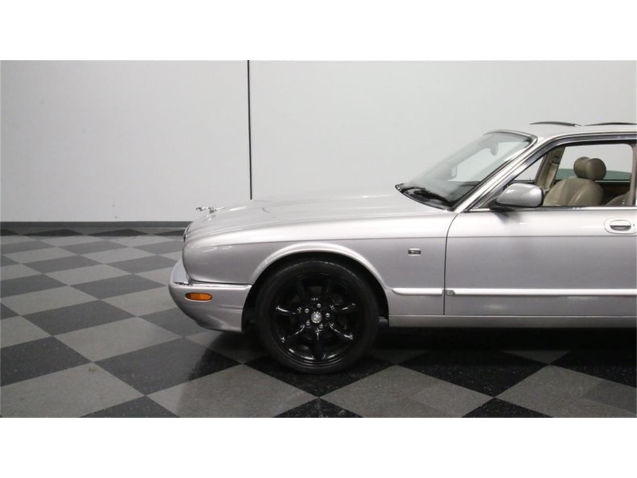 Large Picture of '02 Jaguar XJ located in Lithia Springs Georgia - Q3IY