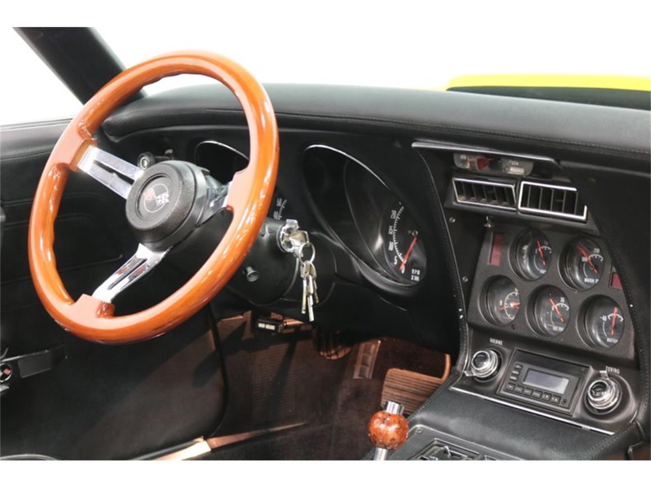 Large Picture of '73 Corvette - Q3J6