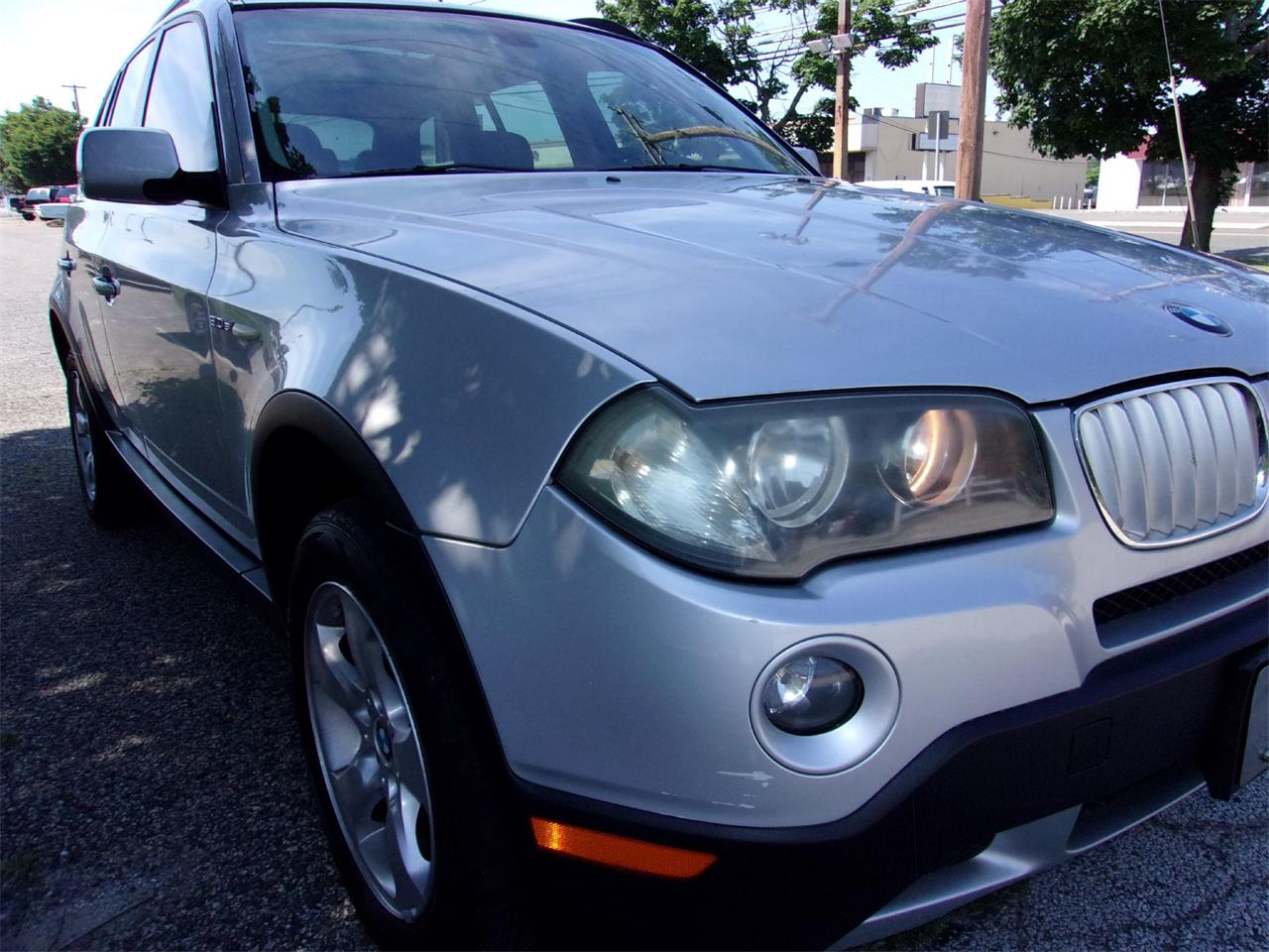Large Picture of '07 BMW X3 located in Stratford New Jersey - Q3JP