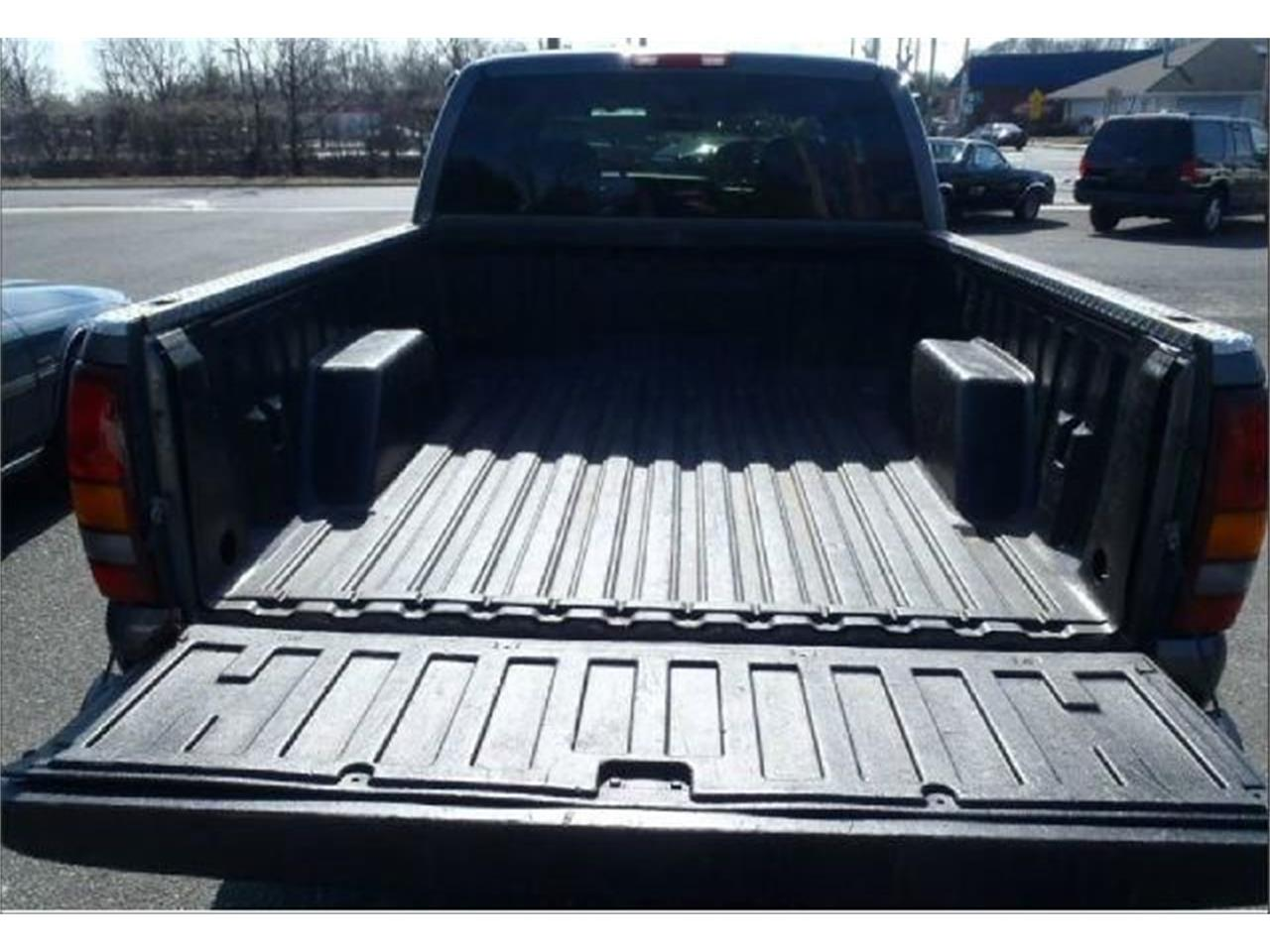 Large Picture of 2002 Chevrolet Silverado located in New Jersey Offered by Black Tie Classics - Q3JT