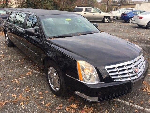 Picture of '06 Cadillac DTS located in Michigan Offered by  - Q3L7