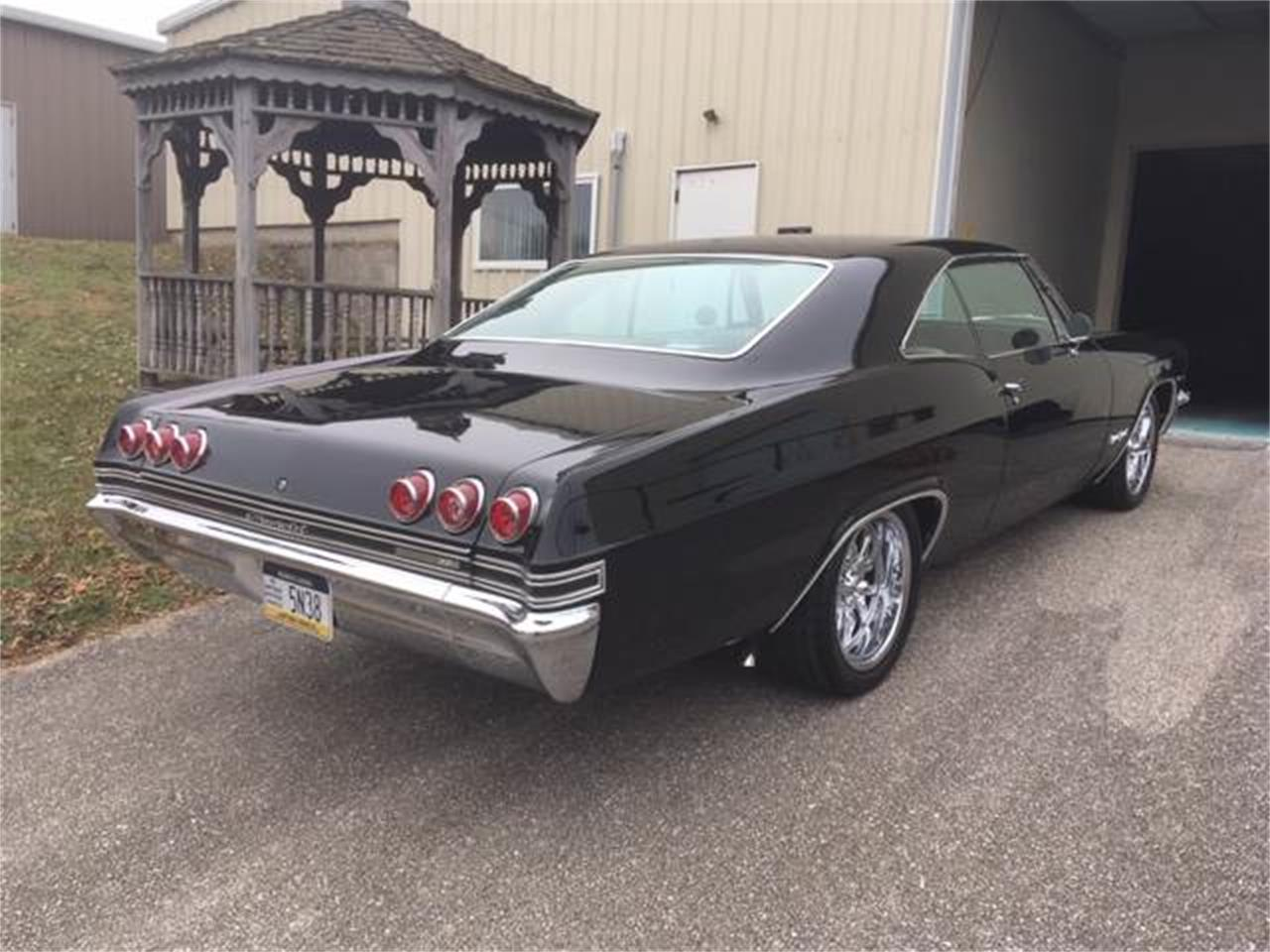 Large Picture of '65 Impala SS - Q3N6
